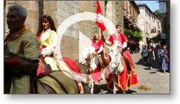 Reportage vidéo des fêtes médiévales du Grand Fauconnier à Cordes-sur-Ciel