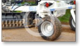 Reportage sur des tests pour limiter la formation de trous sur les chemins